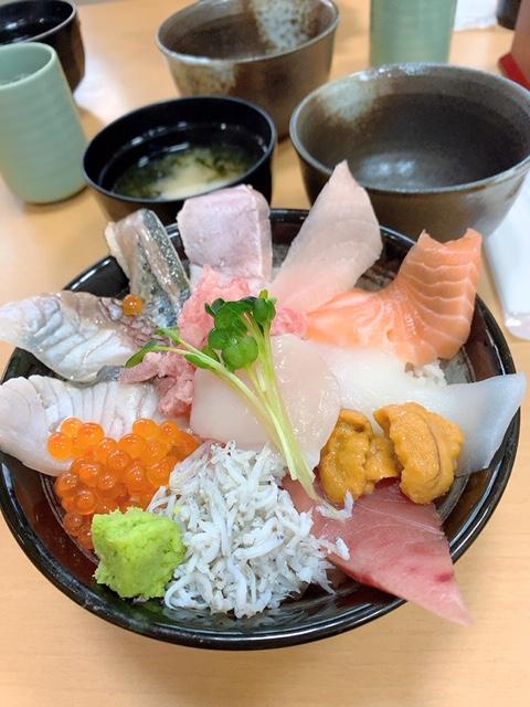 那珂湊おさかな市場の海鮮丼